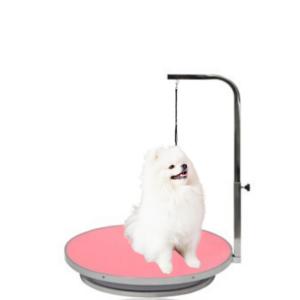 Hundetrimmebord rundt med galge lille hund